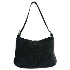 Fendi-Mamma Baguette-Black,Grey