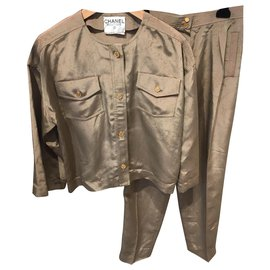 Chanel-tailleur pantalon-Beige