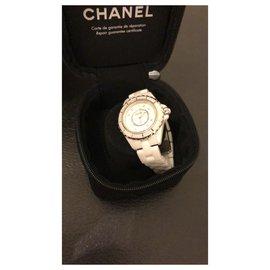 Chanel-J12-White