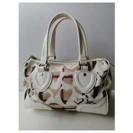 Burberry-Handbags-White