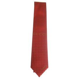 Gucci-ssstars tie gucci rouge nouveau-Rouge