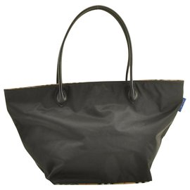 Burberry-Burberrys Nova Check Nylon Tote Bag-Black