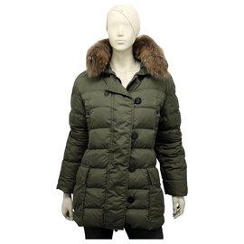 Moncler-Authentique manteau en duvet véritable Moncler avec fourrure amovible-Vert olive