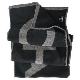 Chanel-Chanel large scarf-Black