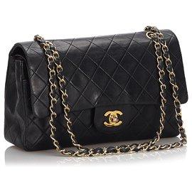 Chanel-Chanel Black Classic Medium Lambskin Double Flap Bag-Black