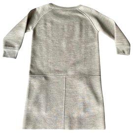 Louis Vuitton-Robes-Gris