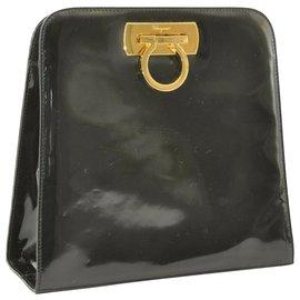 Salvatore Ferragamo-Salvatore Ferragamo Gancini Shoulder Bag-Black