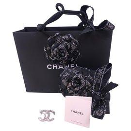 Chanel-Broche Chanel Strass/Paillettes 2019-Argenté