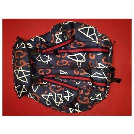 Gucci-Gucci Ghost Backpack Bag NOUVEAU Techpack-Noir,Blanc,Rouge,Bleu foncé