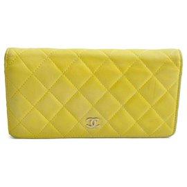 Chanel-Portefeuille long Chanel Matelasse-Jaune