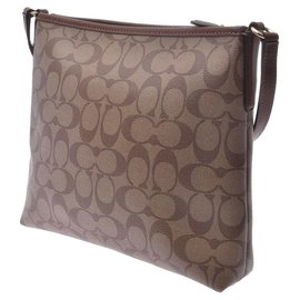Coach-Coach Vintage Shoulder Bag-Brown