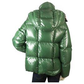 Moncler-Moncler Parana Giubotto Bright Green avec intérieur rose Puffer jacket size 0-Rose,Vert