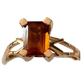 Autre Marque-Bague en or jaune 18 ct 750 sertie d'une superbe Citrine *5 cts*-Cognac