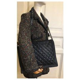 Chanel-XL Maxi Boy Flap Bag w / box, Dust bag-Bleu,Bleu Marine,Bleu foncé