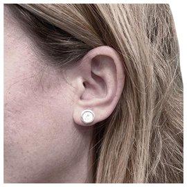 inconnue-Puces d'oreilles en or blanc, deux diamants de 1,01 carat.-Autre