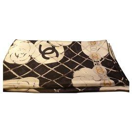 Chanel-Echarpes-Blanc cassé