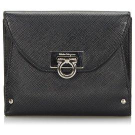 Salvatore Ferragamo-Petit portefeuille Ferragamo en cuir noir Gancini-Noir