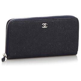 Chanel-Portefeuille long noir à glissière en relief Chanel-Noir
