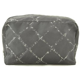 Chanel-Pochette en toile Travel Line Chanel-Noir