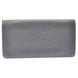 Louis Vuitton-Louis Vuitton Taiga Plat the Gracie-Grey