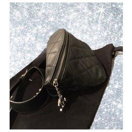 Chanel-Chanel bum bag-Black