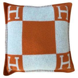Hermès-Misc-Orange