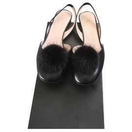 Gucci-Arielle-Noir