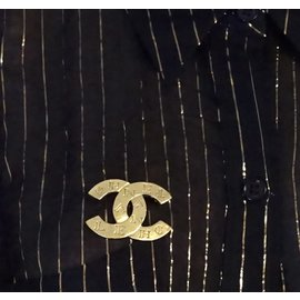 Chanel-Chanel Gold CC Spelled Out Engraved Brooch-Golden