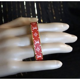 Louis Vuitton-Louis Vuitton Gold Red Monogram Bangle Cuff Size sizeS-Rouge