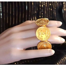 Chanel-Chanel Gold CC Medallion Coins Large Cuff-Doré
