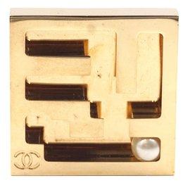 Chanel-Chanel Pearl Maze Labyrinth CC Brooch-Golden