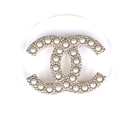 Chanel-Chanel Gold Clear Inlay Cc Pearls Round Brooch-Golden