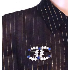 Chanel-Chanel Gold Blue Crystals 2019 CC Hardware Brooch-Blue