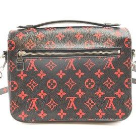 Louis Vuitton-Louis Vuitton Pochette Metis Monogramm Infrarouge Leinwand-Mehrfarben