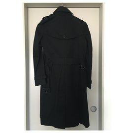 Burberry-Trenchcoat-Black