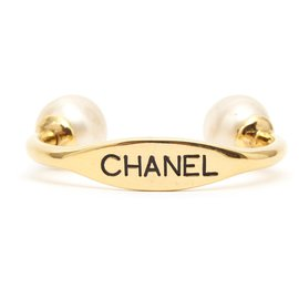Chanel-MEGA PEARLS CUFF-Golden
