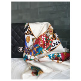 Chanel-CC MULTI-COLOR PEARL AND CHAIN PATTERN-Multiple colors,Eggshell