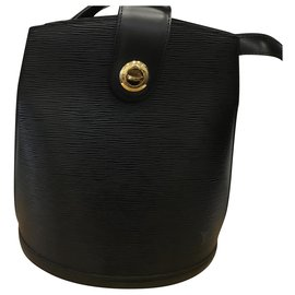 Louis Vuitton-Cluny-Black