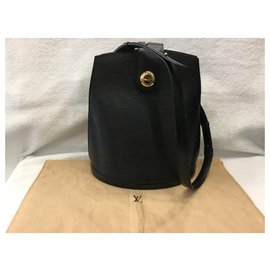 Louis Vuitton-Cluny-Noir