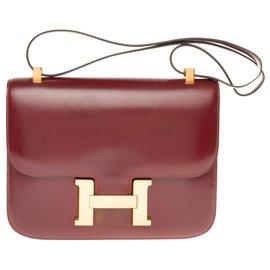 Hermès-Hermès Constance 23 en cuir box bordeaux, garniture en métal plaqué or en excellent état !-Bordeaux