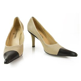 Chanel-CHANEL Vintage Beige Fishnet Black Leather Cap Toe Pumps Shoes Heel Pointy 38-Black,Beige