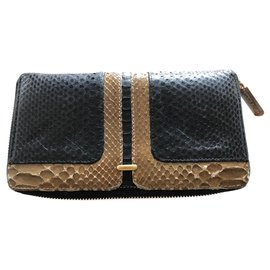 Karine Arabian-Wallets-Black