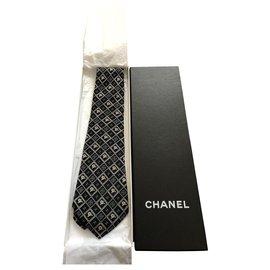 Chanel-Cravates-Bleu Marine