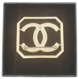 Chanel-Chanel brooch-Ebony