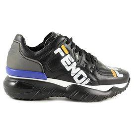 Fendi-Chaussures Fendi neuves-Noir