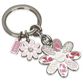 Coach-Coach Pink Metal Floral Key Ring-Pink,Multiple colors