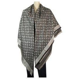 Louis Vuitton-Louis Vuitton monogram Black Denim Tone on tone shawl weaved jacquard M71378-Black