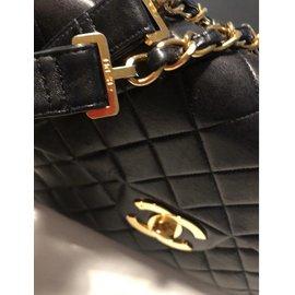 Chanel-Vintage jumbo-Black