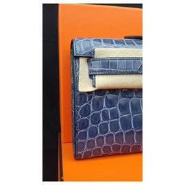 Hermès-Hermès Kelly Cut Blue Brigthon Crocodile Clutch handbag New Condition-Blue