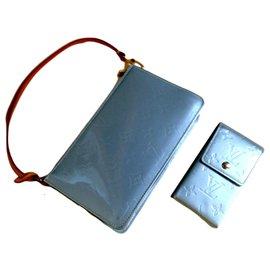 Louis Vuitton-Louis Vuitton, Louis Vuitton light Blue Grey Vernis Lexington Pochette-Light blue